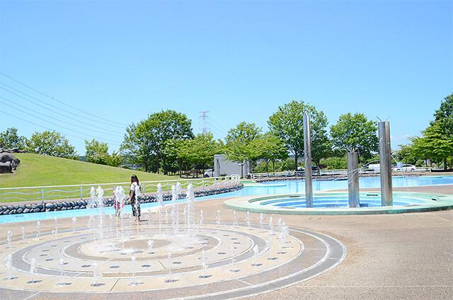 なかがわ水遊園みずの広場